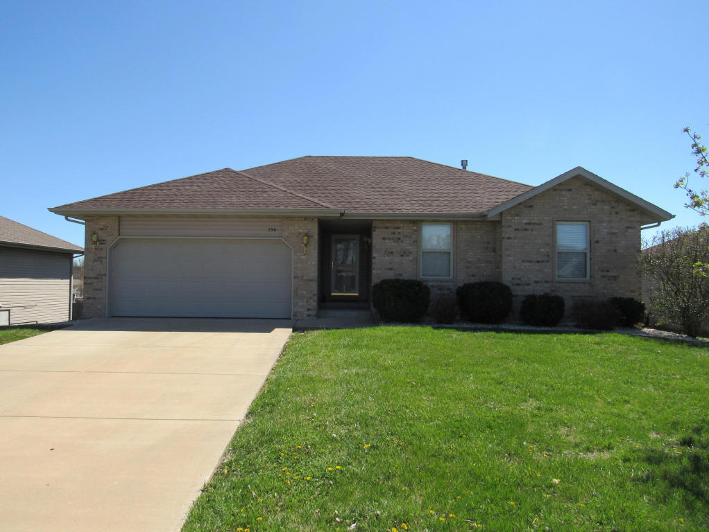 790 south eric avenue springfield mo 65802 for sale for Springfield mo home builders
