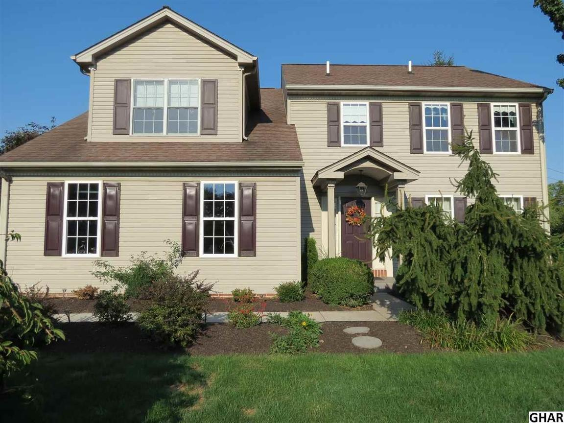 991 overlook dr hummelstown pa for sale 385 000