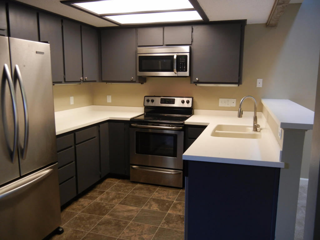 Kitchen Cabinets Springfield Mo Peach Tree Village Homes For Sale Real Estate Springfield Mo