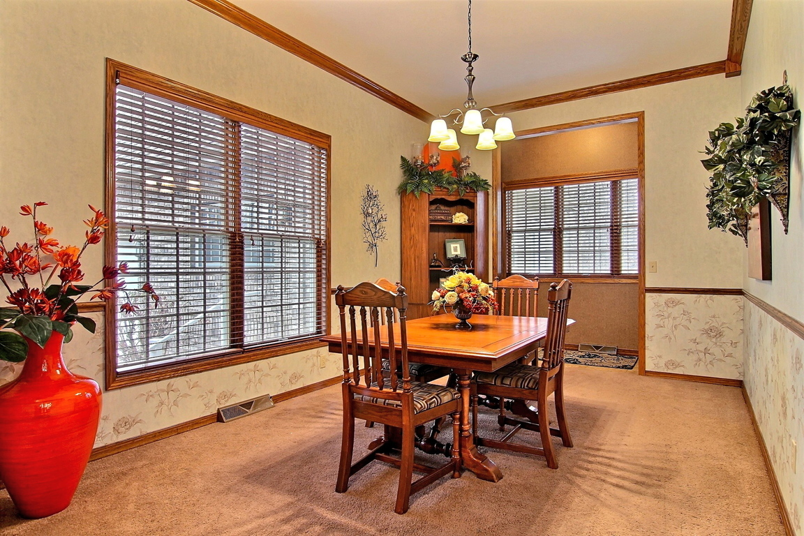 183 e 700 south kouts in 46347 for sale for The family room kouts in