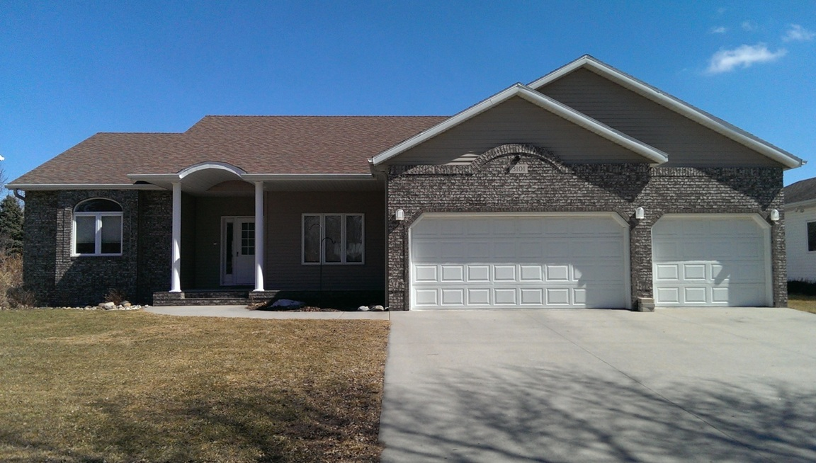 3101 Elm St. N., Fargo, ND, 58102 -- Homes For Sale
