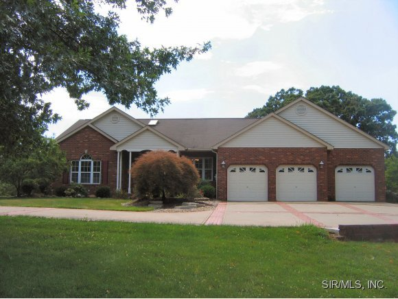 6848 Middlegate Lane, Glen Carbon, IL, 62034 -- Homes For Sale