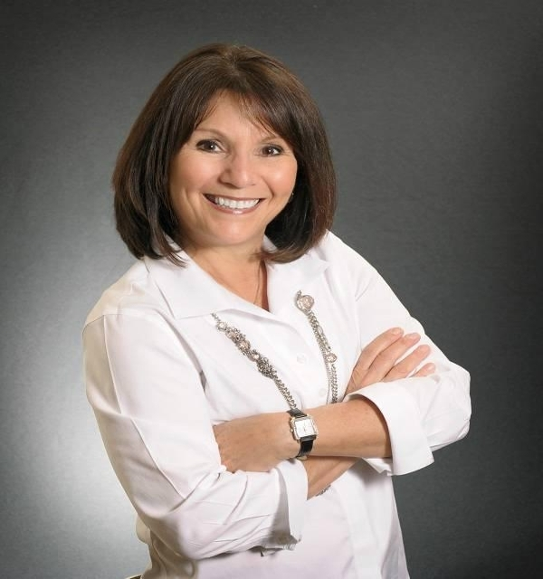 Agent: Linda Kaufman, LAKE MARY, FL