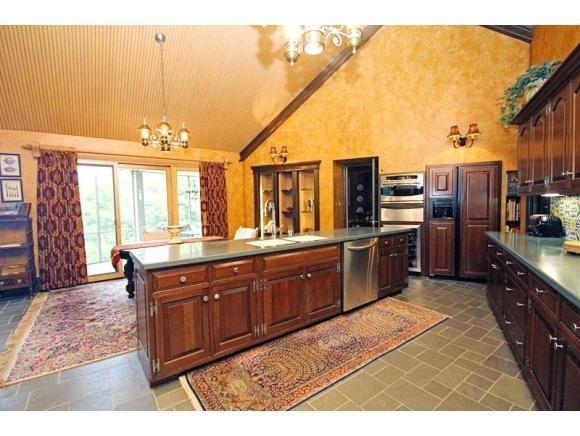 3177 Bay View Dr, Green Bay, WI, 54311 -- Homes For Sale