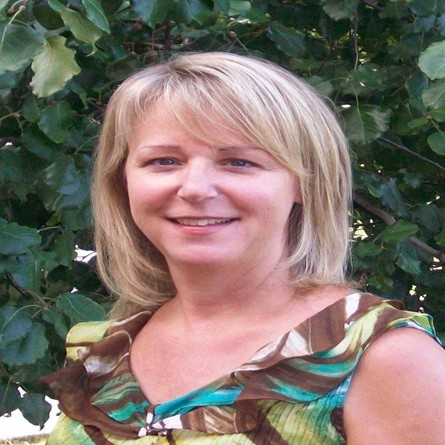 Agent: Mary McCooley, CLARKSVILLE, TN