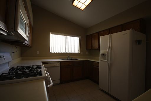 812 Anchor Dr, Henderson, NV, 89015: Photo 9