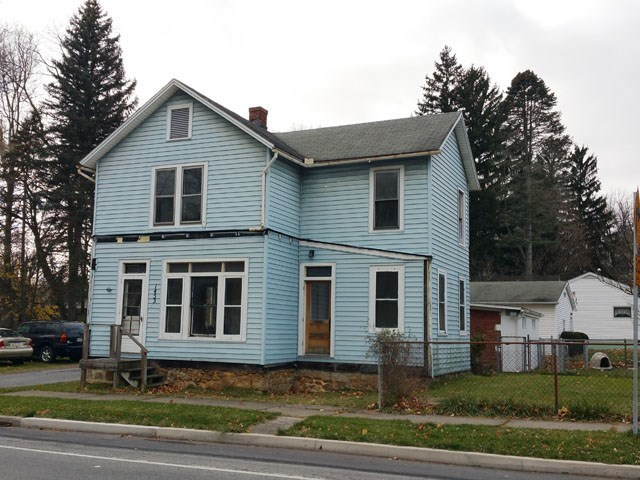 1453 clay ave tyrone pa for sale 37 900