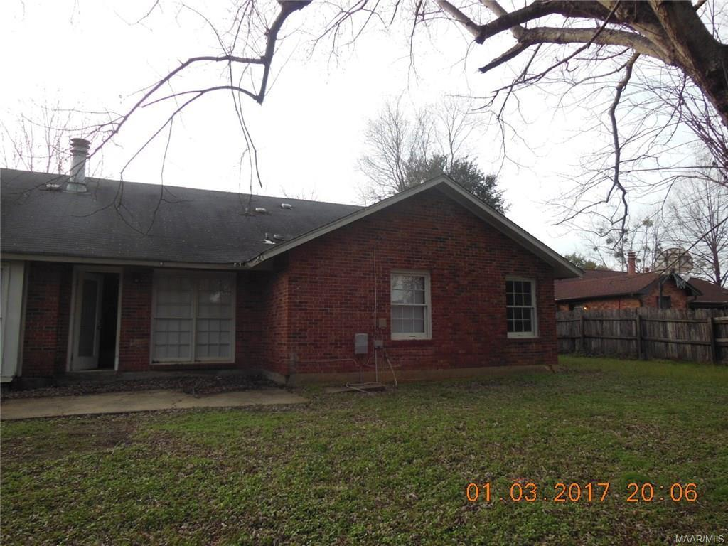 5833 red barn road montgomery al for sale 59 000 for Red barn houses
