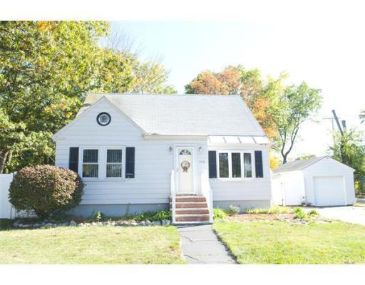 426 Woburn St Tewksbury MA 01876 -- Homes For Sale