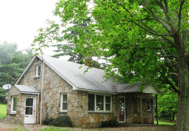 4038 Sand Flat Rd, Oakland, MD, 21550 -- Homes For Sale