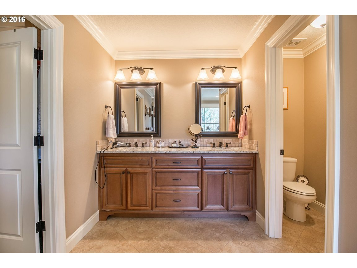 15150 Se Bunker Hill Ct, Happy Valley, OR, 97086: Photo 13