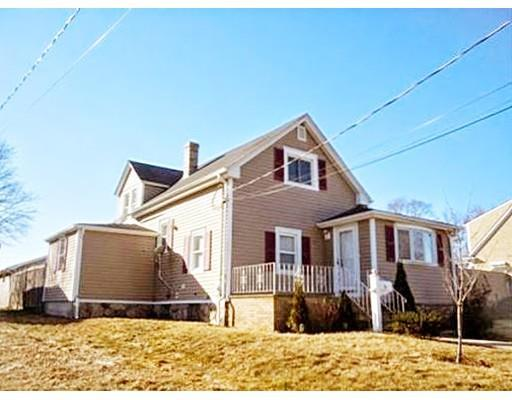 72 Potter St, South Dartmouth, MA, 02748 -- Homes For Sale