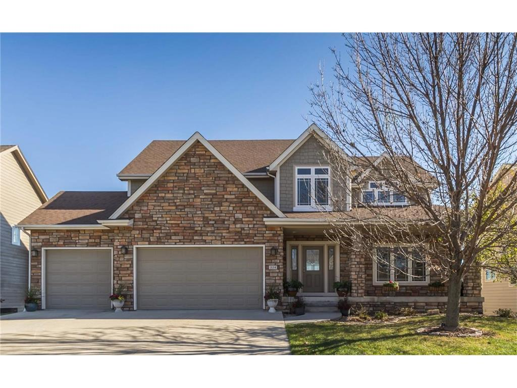 224 s 62nd street west des moines ia for sale 449 500 for Home builders in iowa