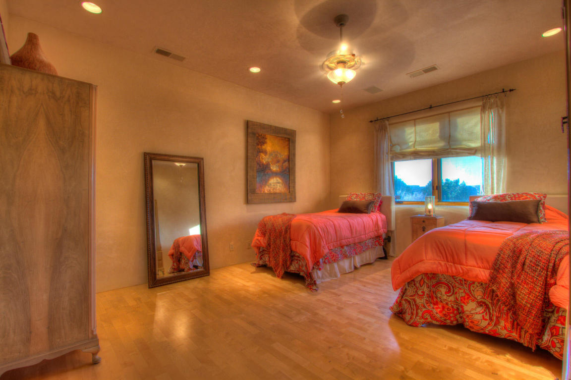 13716 Canada Del Oso Place Ne, Albuquerque, NM, 87111: Photo 57