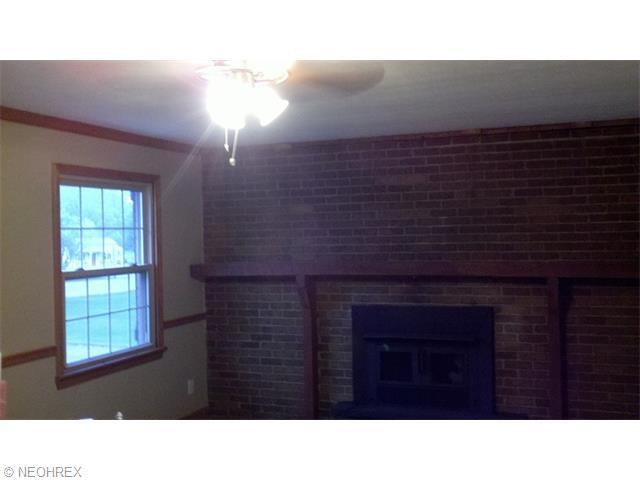 6709 Amsel Ave Northeast, Canton, OH, 44721: Photo 8