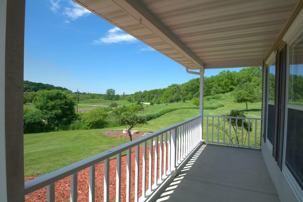 1805 County Road E, Blue Mounds, WI, 53517: Photo 20