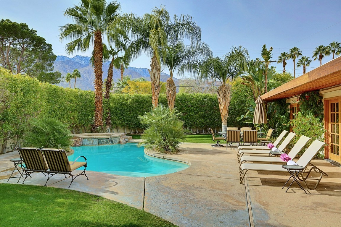 1110 east buena vista drive palm springs ca 92262 for for Palm spring houses for sale