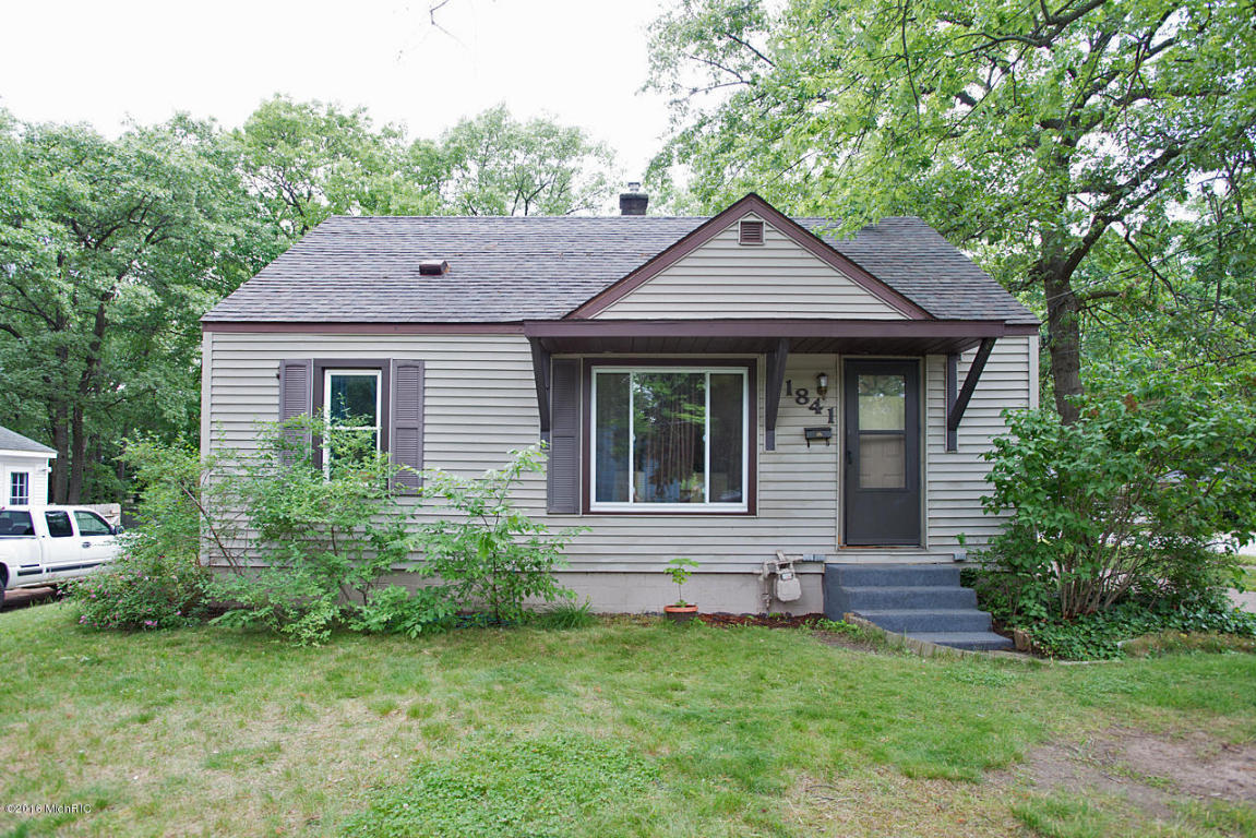1841 32nd Street Sw Wyoming Mi 49519 For Sale
