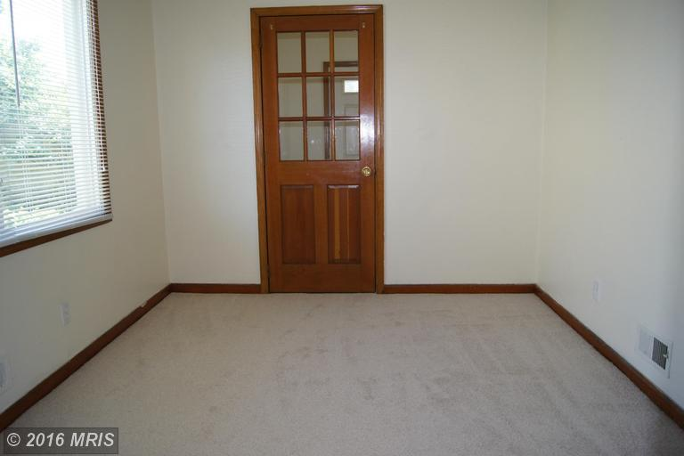 2623 Plainfield Road, Dundalk, MD, 21222: Photo 8