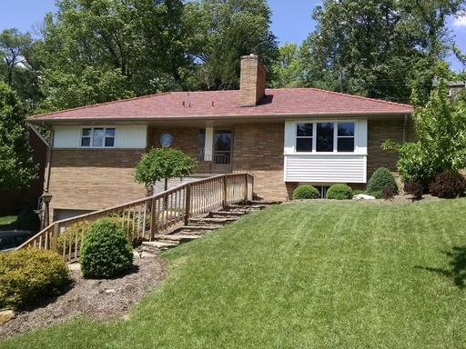 152 Mayfair Drive, Pittsburgh, PA, 15228 -- Homes For Rent