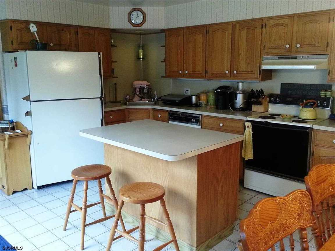 108 N Vienna Country Setting!!, Egg Harbor City, NJ, 08215 -- Homes For Sale