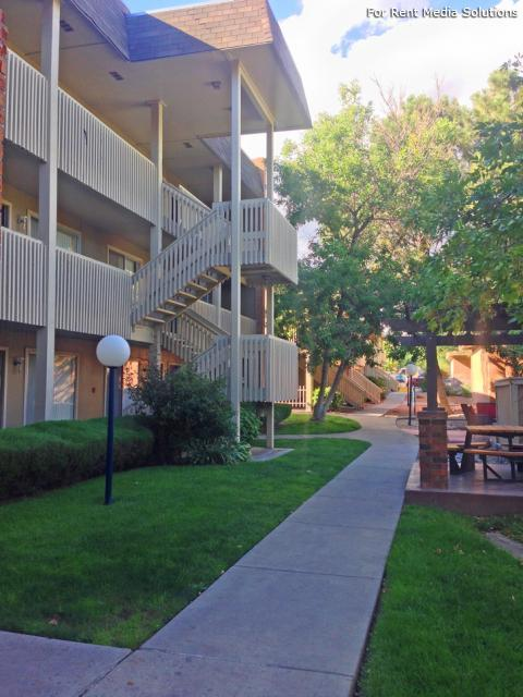 Sungate Apartments, Albuquerque, NM, 87111: Photo 1
