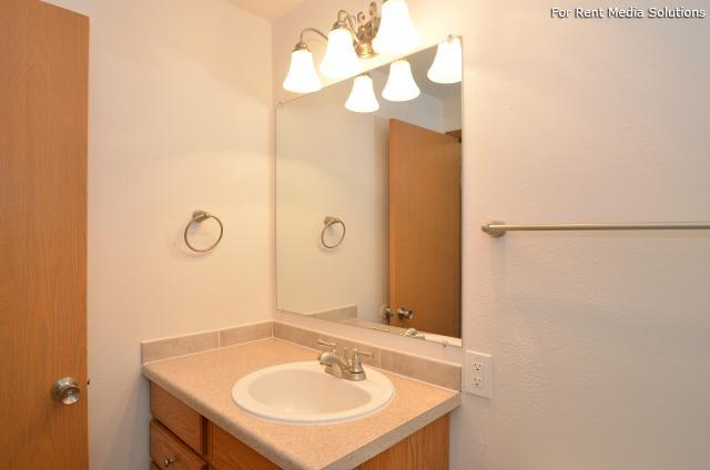 Westview Terrace, Tacoma, WA, 98409: Photo 15