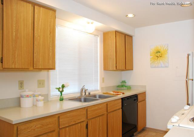 Parklane Townhomes, Bothell, WA, 98012: Photo 3