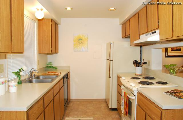 Parklane Townhomes, Bothell, WA, 98012: Photo 6