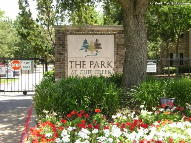 Park at Cliff Creek, Dallas, TX, 75237: Photo 11