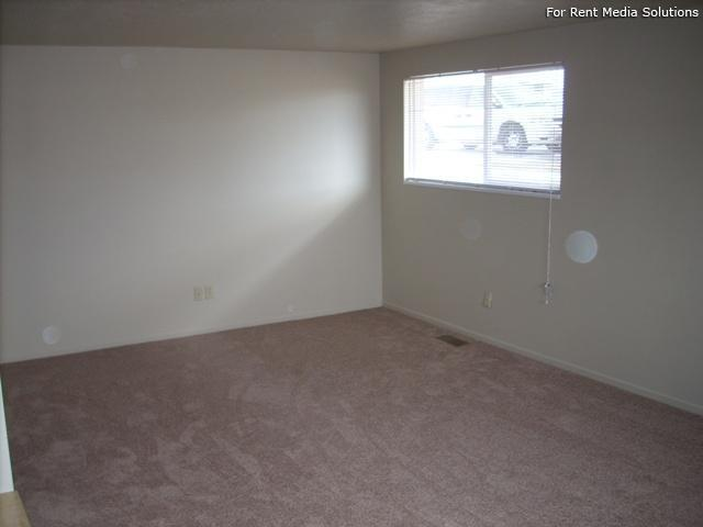 Buena Vista, West Valley City, UT, 84120: Photo 9