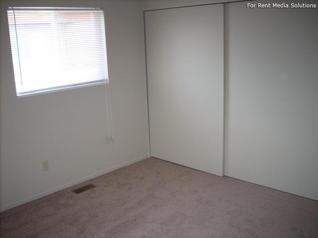Buena Vista, West Valley City, UT, 84120: Photo 17