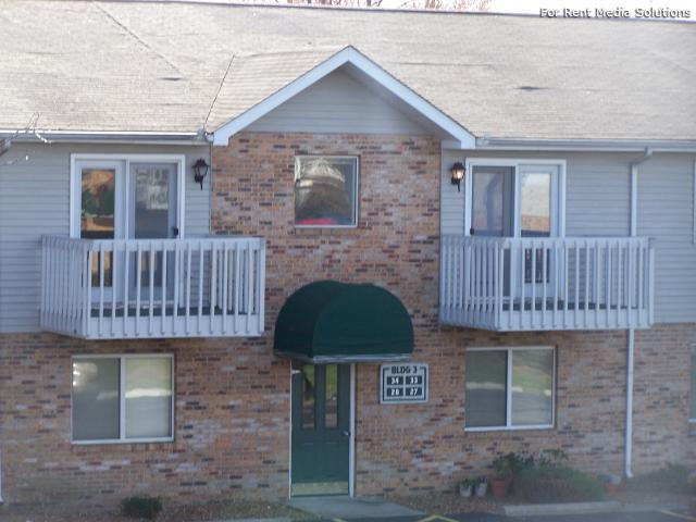 Reside Here, Belleville, IL, 62221: Photo 1