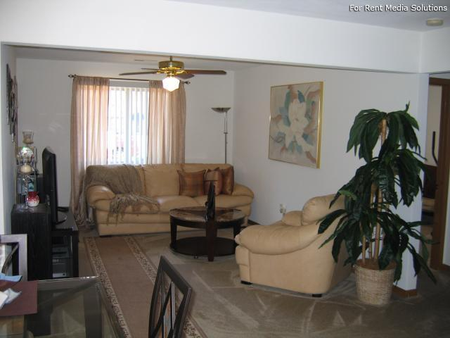 Reside Here, Belleville, IL, 62221: Photo 4