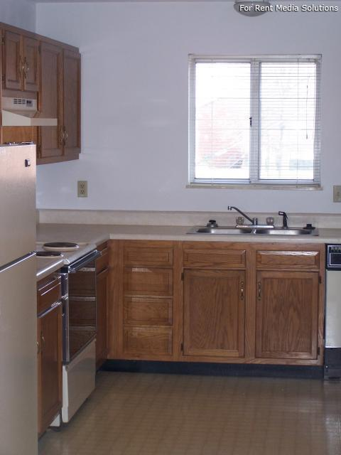 Reside Here, Belleville, IL, 62221: Photo 7