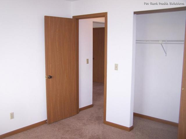 Reside Here, Belleville, IL, 62221: Photo 12