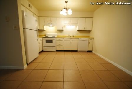 Reside Here, Belleville, IL, 62221: Photo 25