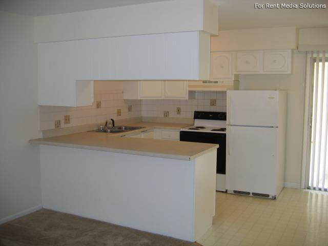 Reside Here, Belleville, IL, 62221: Photo 40