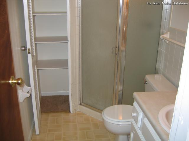 Reside Here, Belleville, IL, 62221: Photo 41