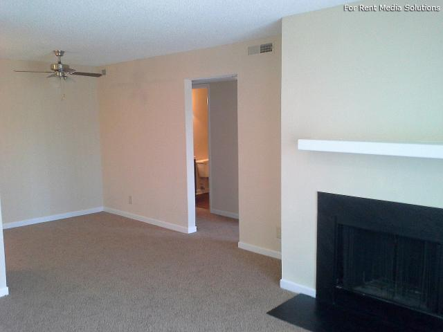 Serenity Apartments at Greensboro, Greensboro, NC, 27405: Photo 32