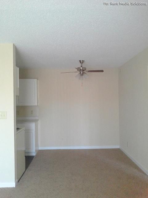 Serenity Apartments at Greensboro, Greensboro, NC, 27405: Photo 35