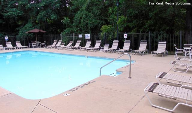 Serenity Apartments at Greensboro, Greensboro, NC, 27405: Photo 38