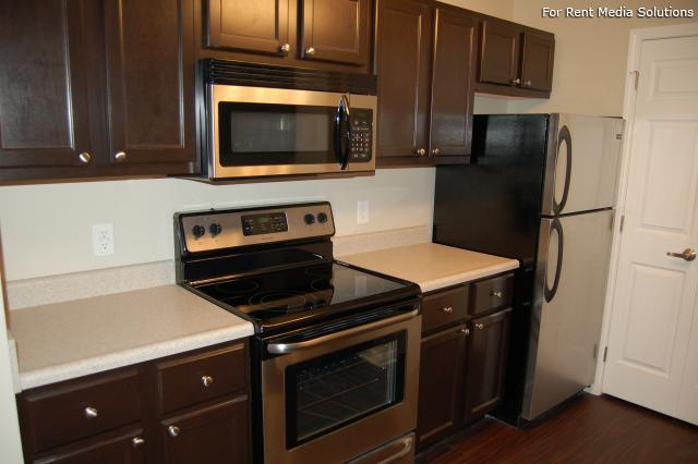 Auburn Hill Apartments, Indianapolis, IN, 46224: Photo 3