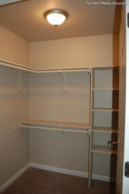 Auburn Hill Apartments, Indianapolis, IN, 46224: Photo 22