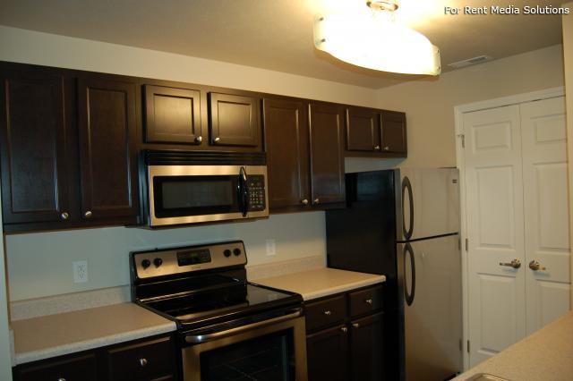 Auburn Hill Apartments, Indianapolis, IN, 46224: Photo 28