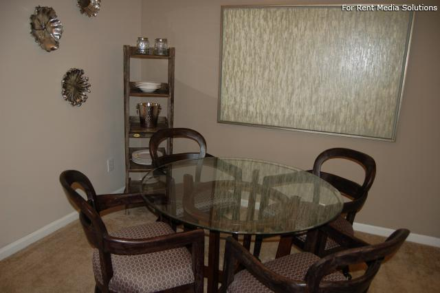 Auburn Hill Apartments, Indianapolis, IN, 46224: Photo 35