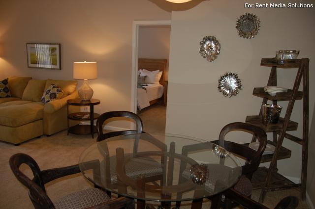 Auburn Hill Apartments, Indianapolis, IN, 46224: Photo 36