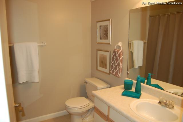 Auburn Hill Apartments, Indianapolis, IN, 46224: Photo 39