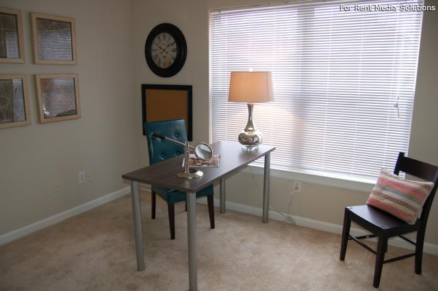 Auburn Hill Apartments, Indianapolis, IN, 46224: Photo 40