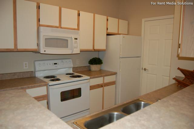 Auburn Hill Apartments, Indianapolis, IN, 46224: Photo 42
